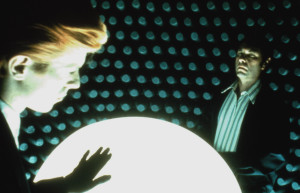 bowie-in-the-man-who-fell-to-earth